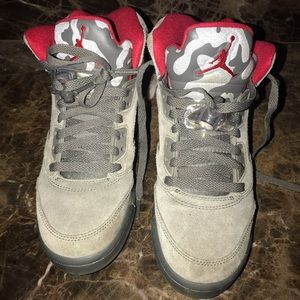 Grey and red retro 5 Jordan's size 5.5